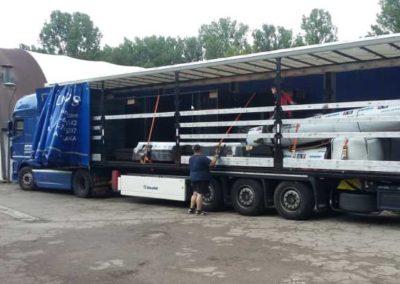 Camion transport terrain de padel mobile