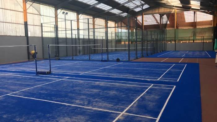 Installation de 3 terrains de Badminton au Garden Tennis de Rennes